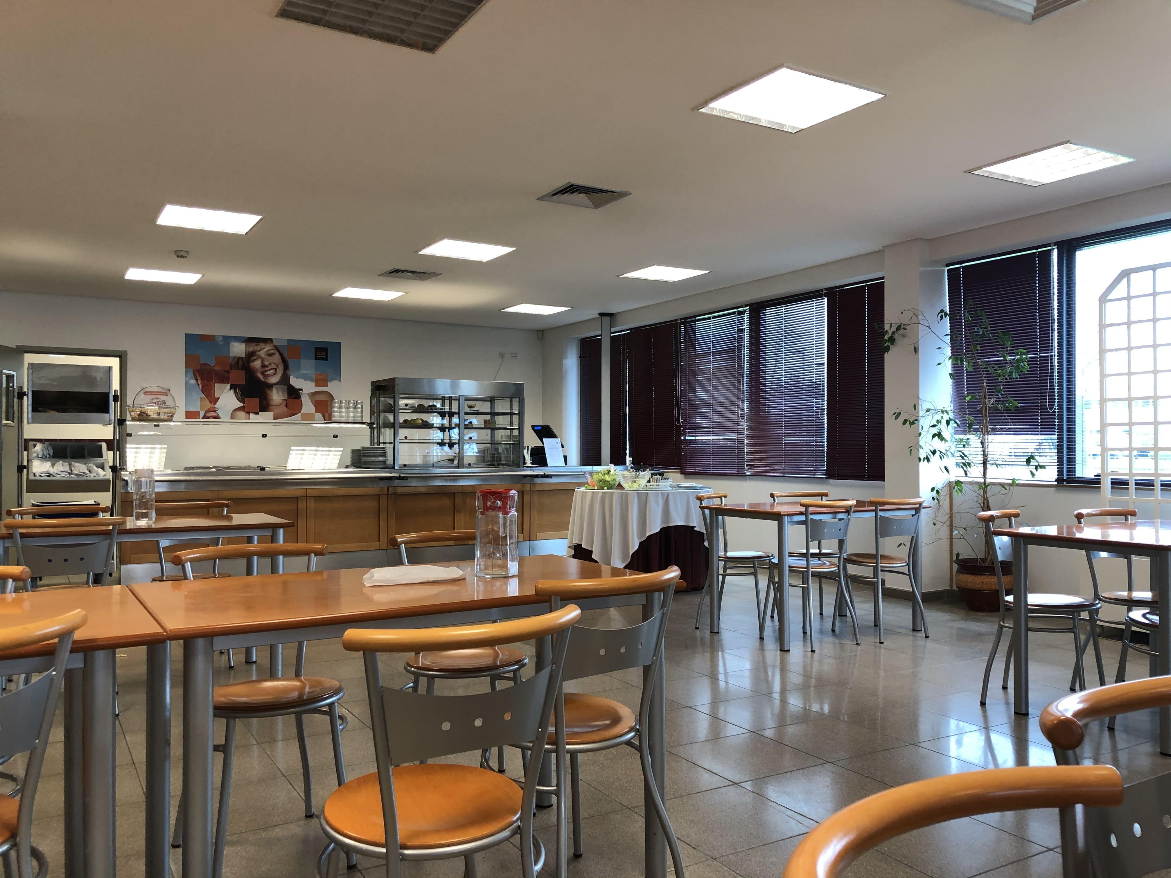 Restaurant/Cafeteria